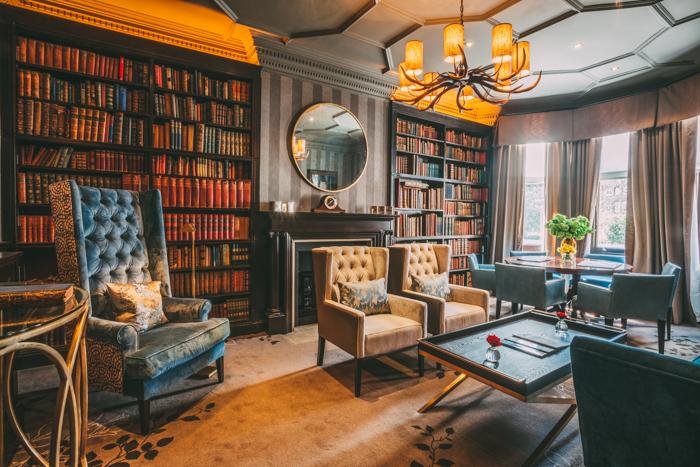 11-cadogan-gardens-library