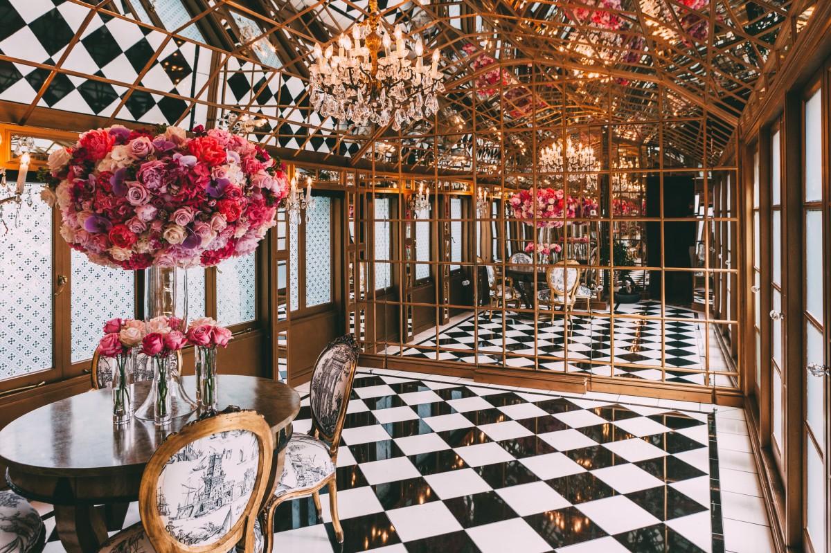 11-cadogan-gardens-mirror-room