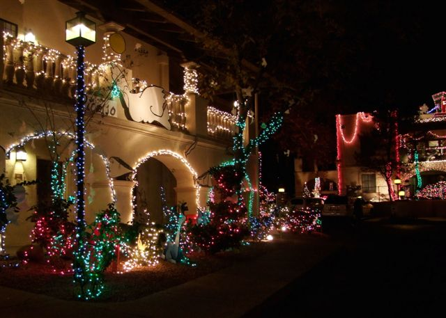 Los Abrigados Christmas Lights 2020 Sedona, Arizona: Christmas in the Desert by Terry Zinn – Real
