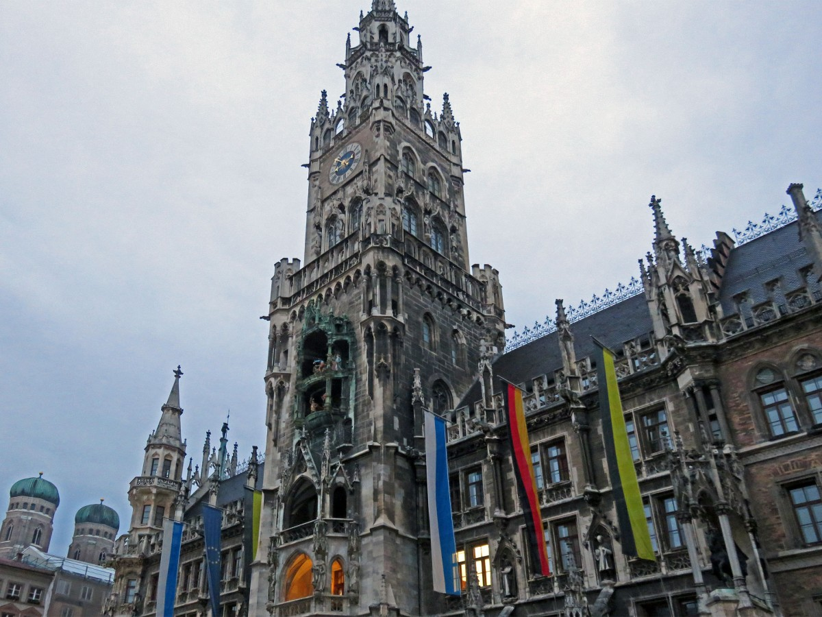 3. Rathaus