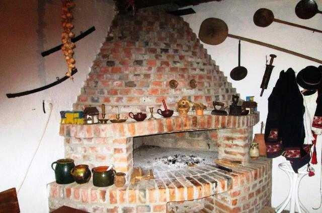 4. Farmhousepottery