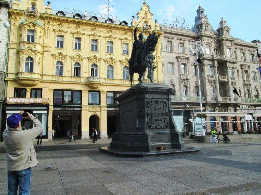 6. Zagreb