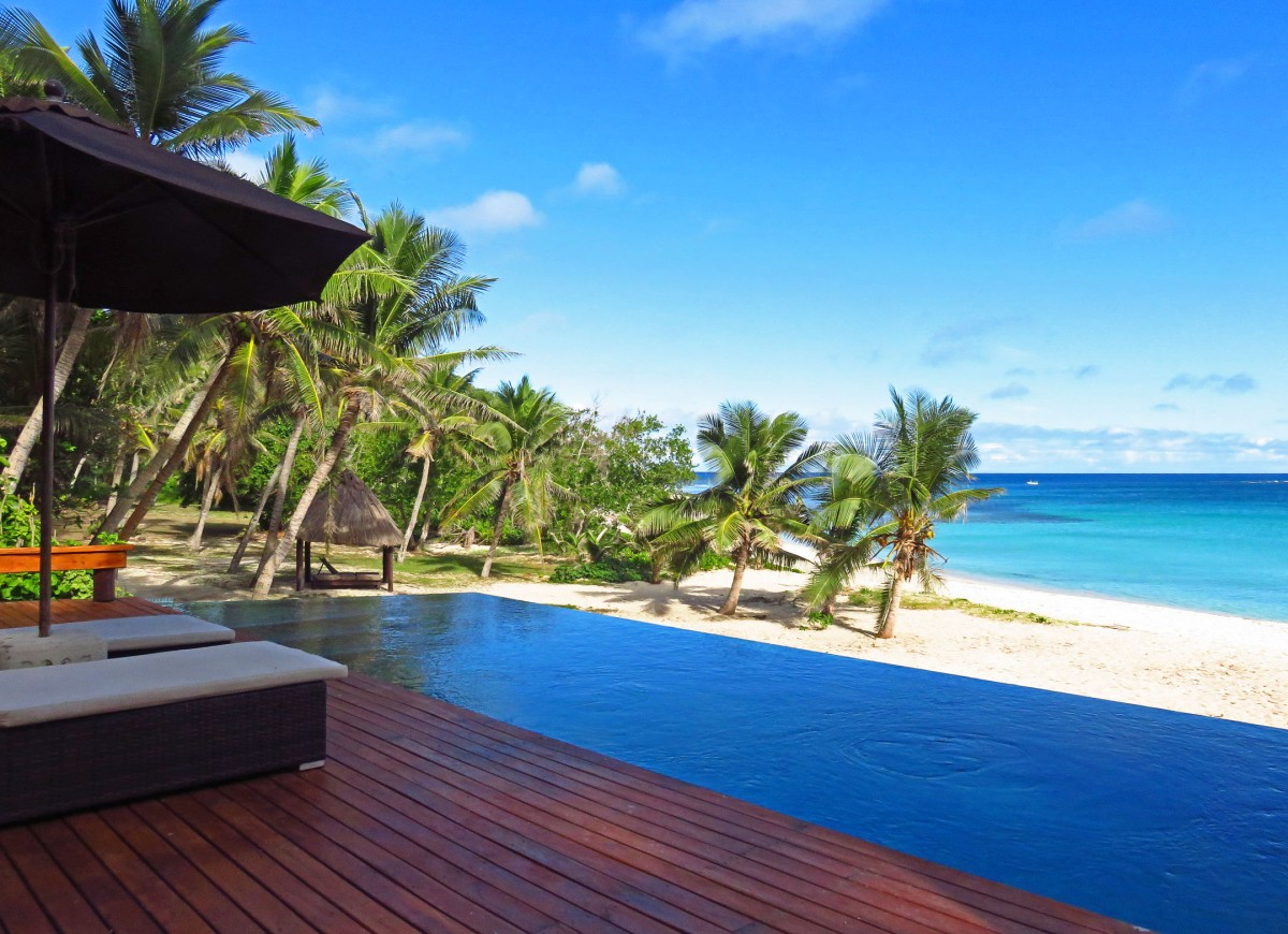 7. Yasawa honeymoon suite