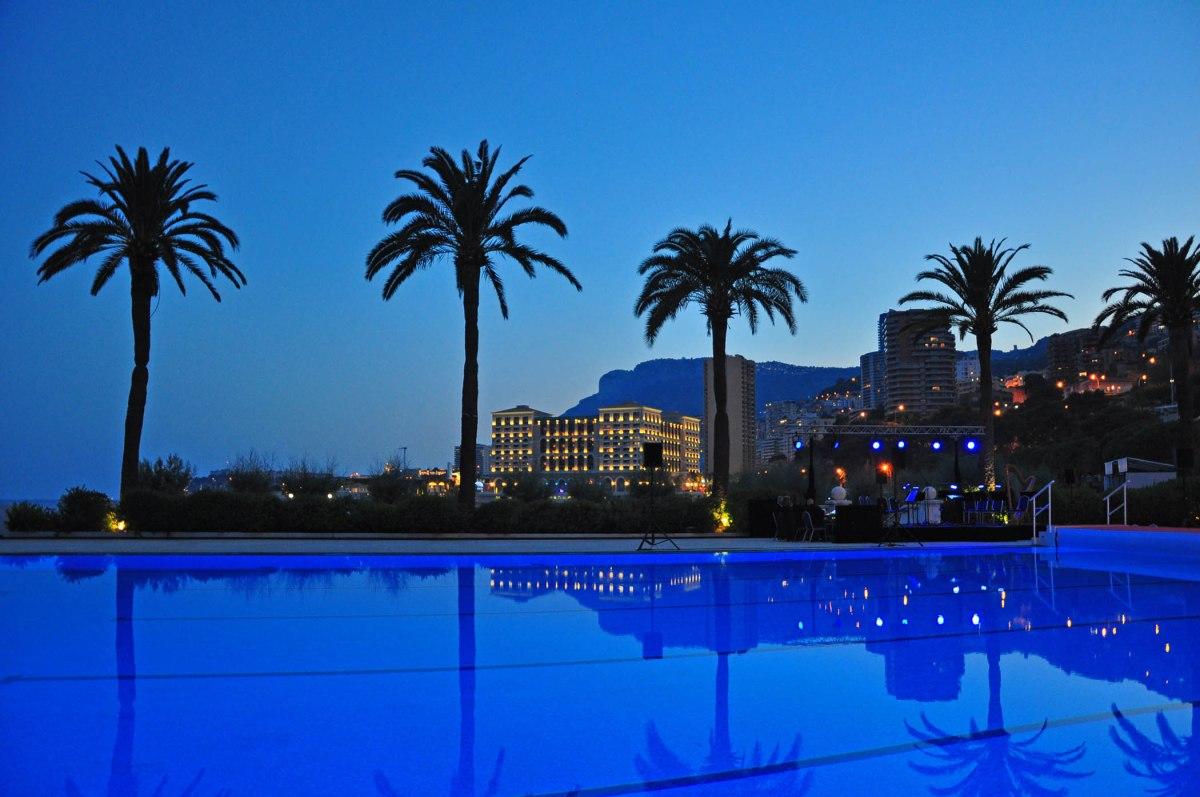 8. Beach Hotel pool