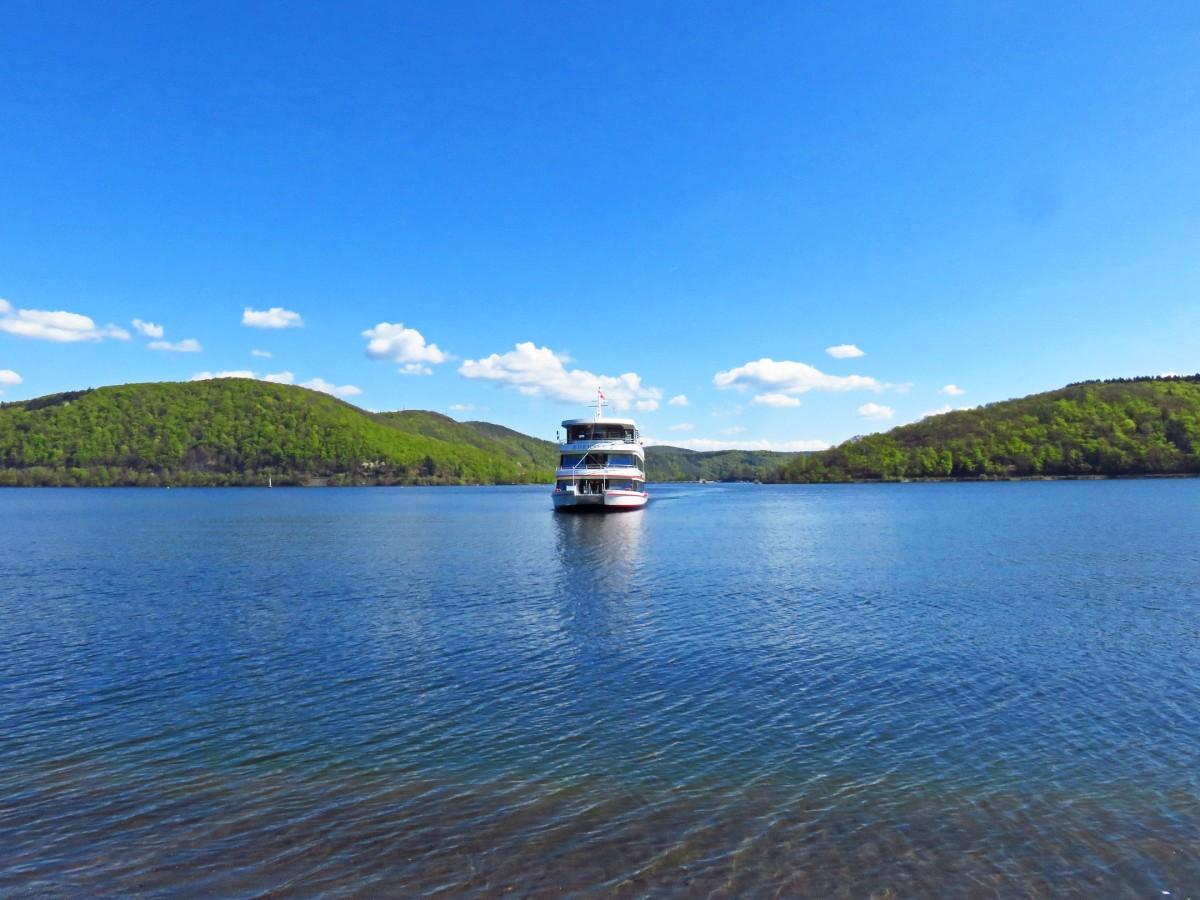 9. Edersee boat
