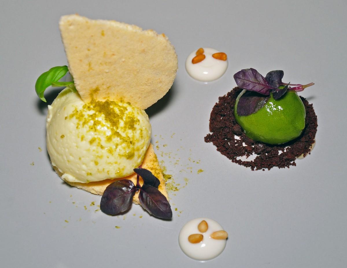 dukes-white-chocolate-desert