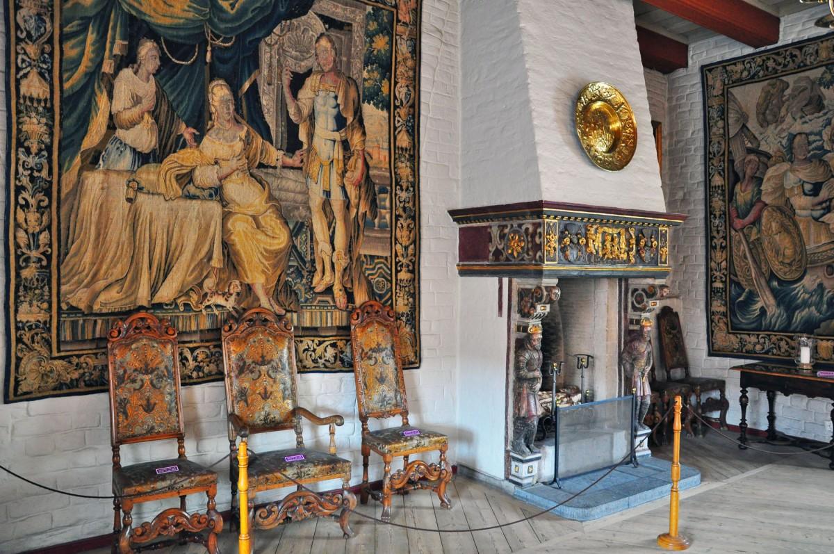 inside-akershus-castle