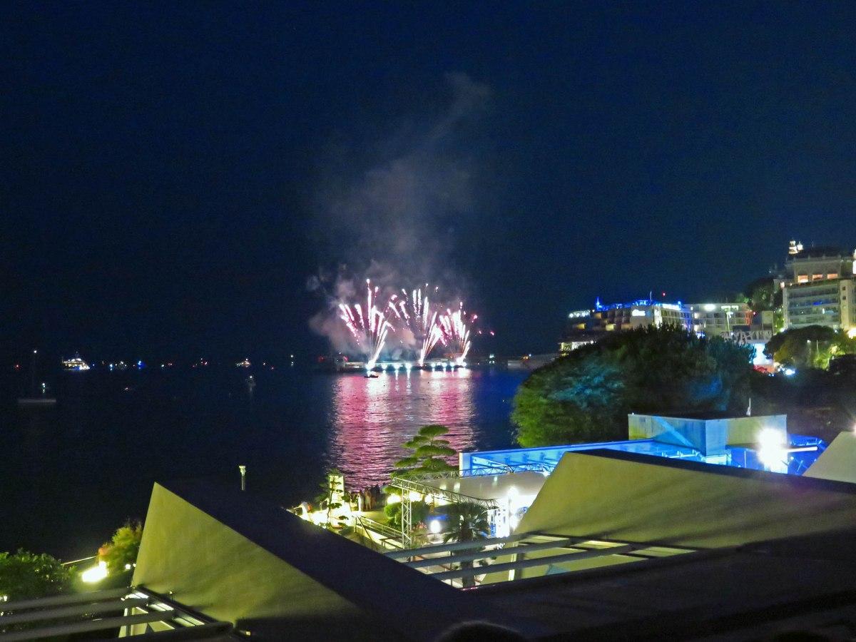 Zelos fireworks