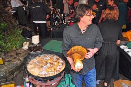 Foragers Big mushroom